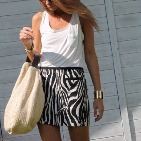 d02cbfe71 H&M Dresses & Skirts - H&M Zebra Animal Print Mini Skirt